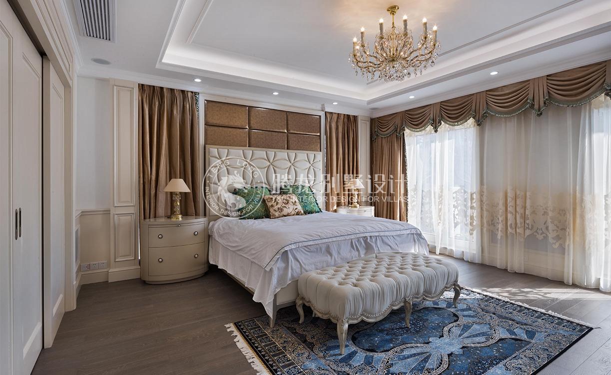 云间绿大地 别墅装修 欧式风格 腾龙设计 卧室图片来自腾龙设计在云间绿大地别墅装修设计欧式风格的分享