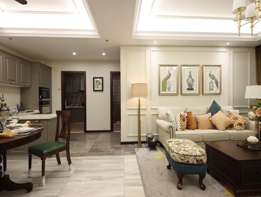 美式风格 三居 客厅图片来自极装吉住装修在92平小美式风格三世同堂尽享天伦的分享