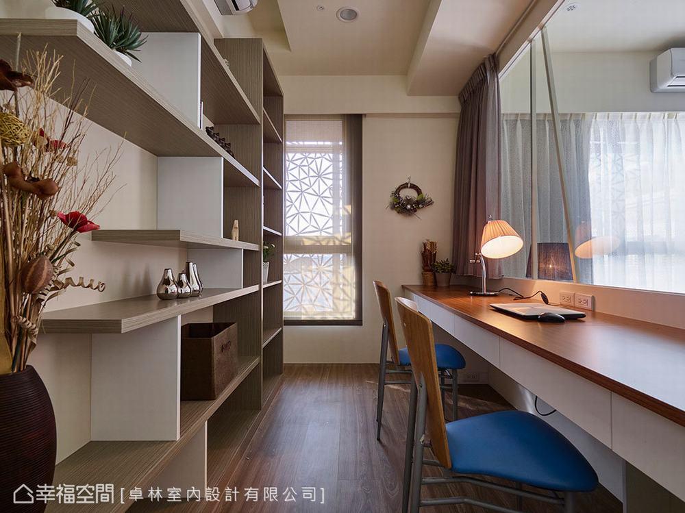 二居 美式 书房图片来自幸福空间在日光美式宅 砌出89平的馨暖惬意的分享