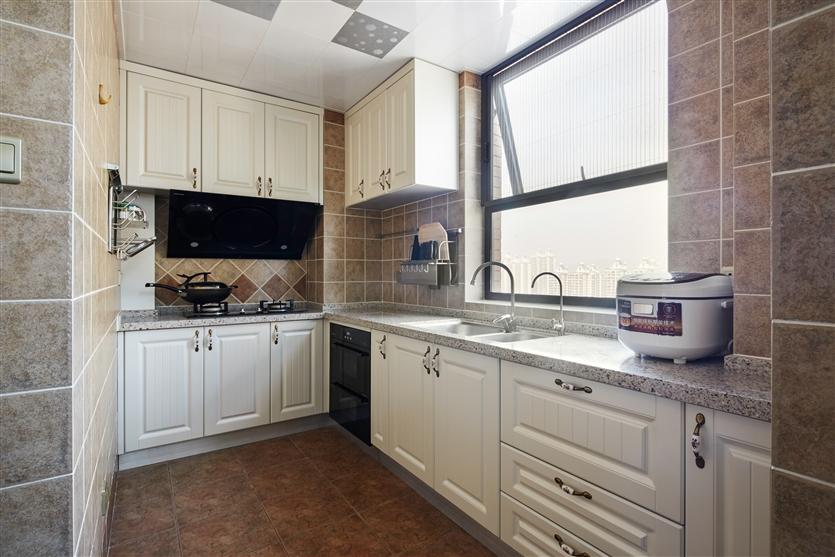 厨房图片来自鸿扬家装武汉分公司在美联城仕二期-鸿扬家装的分享