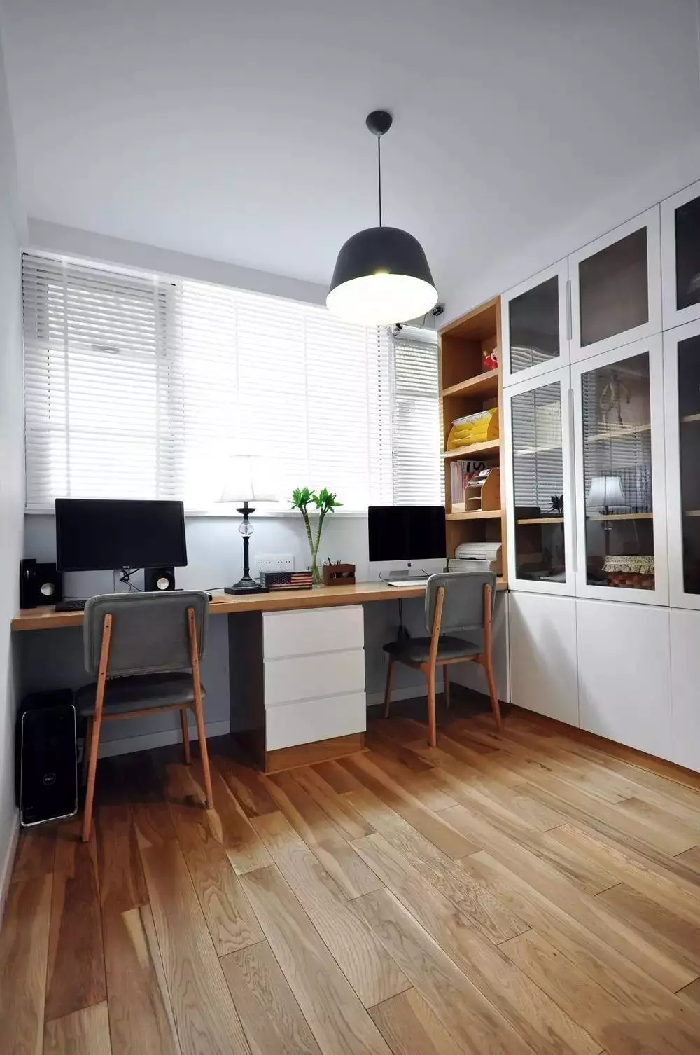 简约 北欧风格 二居 旧房改造 书房图片来自极装吉住装修在85㎡美酷小空间,地板上墙还上天的分享