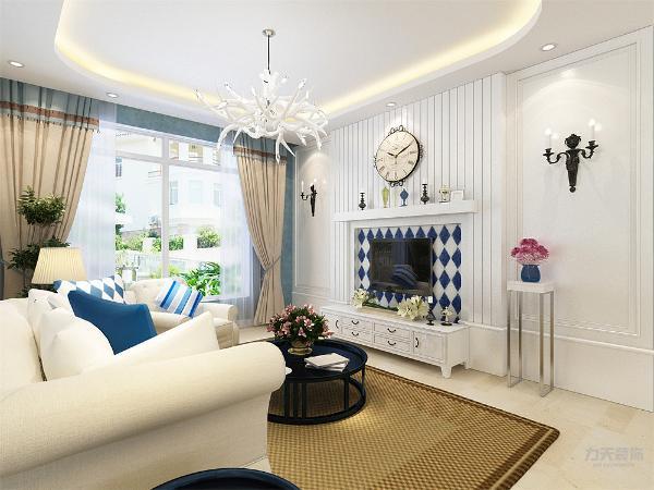 客厅采用了蓝、白色为主色调,加入其他的颜色进行搭配,使空间不暗沉,很有活力,家具的选择是以柔和的线条为主,简单大方,抱枕的样式采用了纯色、条纹、方格,使空间更加有层次感,餐厅采用了四人桌椅