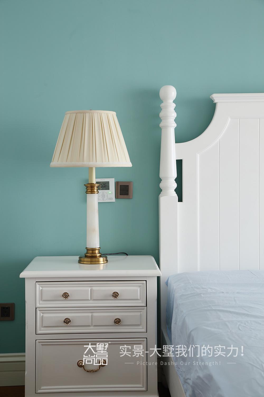 三居 别墅 卧室图片来自大墅尚品-由伟壮设计在别墅·渲染不一样的美式乡村风的分享