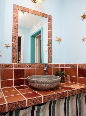 地中海 三居 大户型 公寓 复式 小资 白领 卫生间图片来自高度国际姚吉智在137平米地中海碧海蓝天清凉舒爽的分享