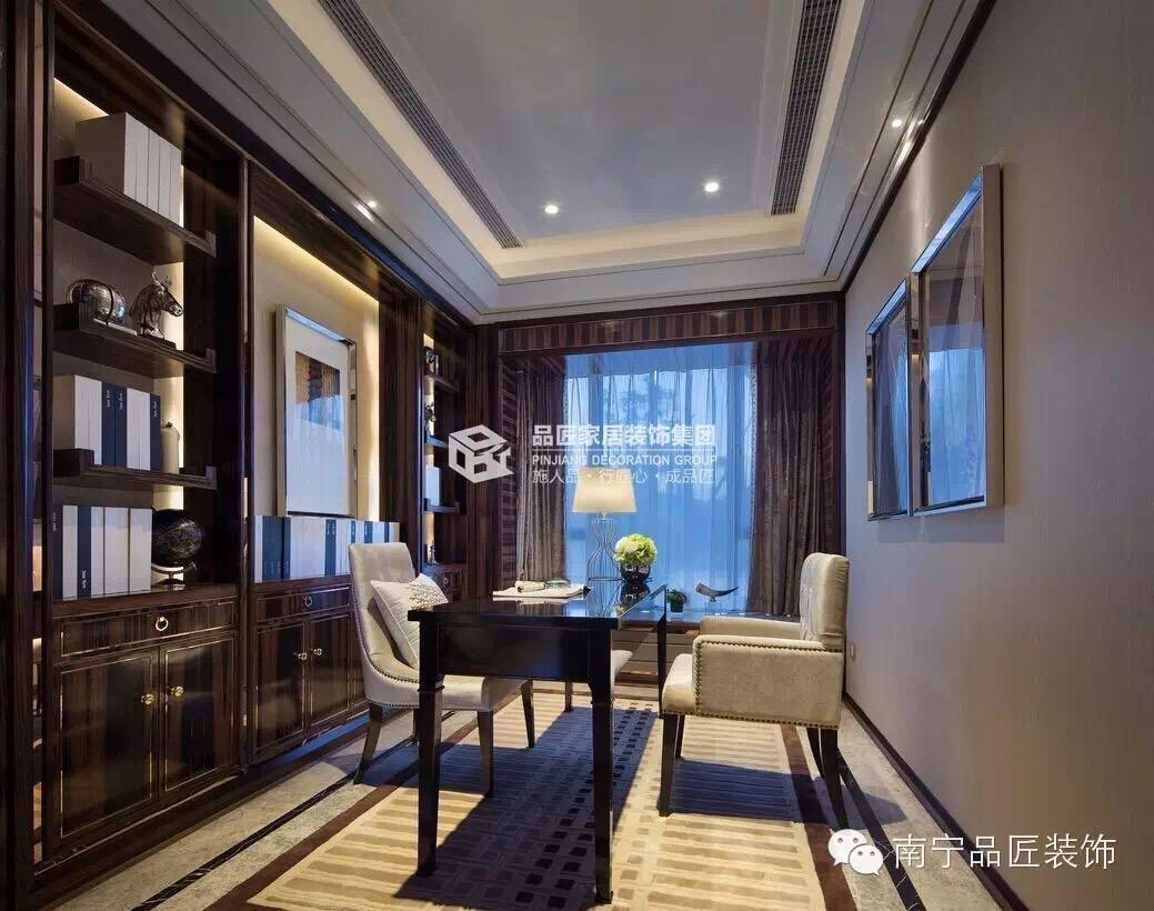 欧式 书房图片来自广西品匠装饰集团在大观天下楼中楼奢华欧式装修风格的分享