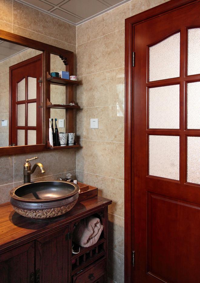 三居 简约 卫生间图片来自唯真装饰在广电兰亭时代三居室的分享