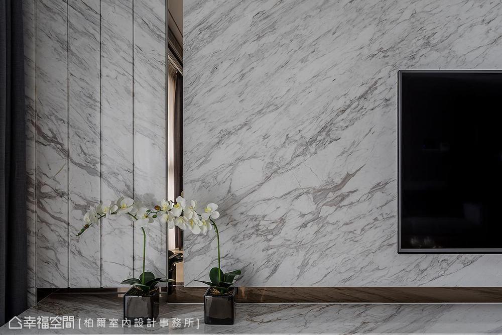 现代 四居 客厅图片来自幸福空间在超凡脱俗 185平王者之香的分享