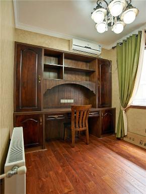 美式 三居 四居 大户型 复式 跃层 小资 80后 书房图片来自高度国际姚吉智在150平米美式沉稳雅致的小资生活的分享