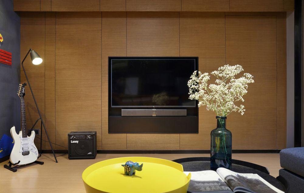 客厅图片来自武汉申阳红室内设计有限公司在公园九里的分享