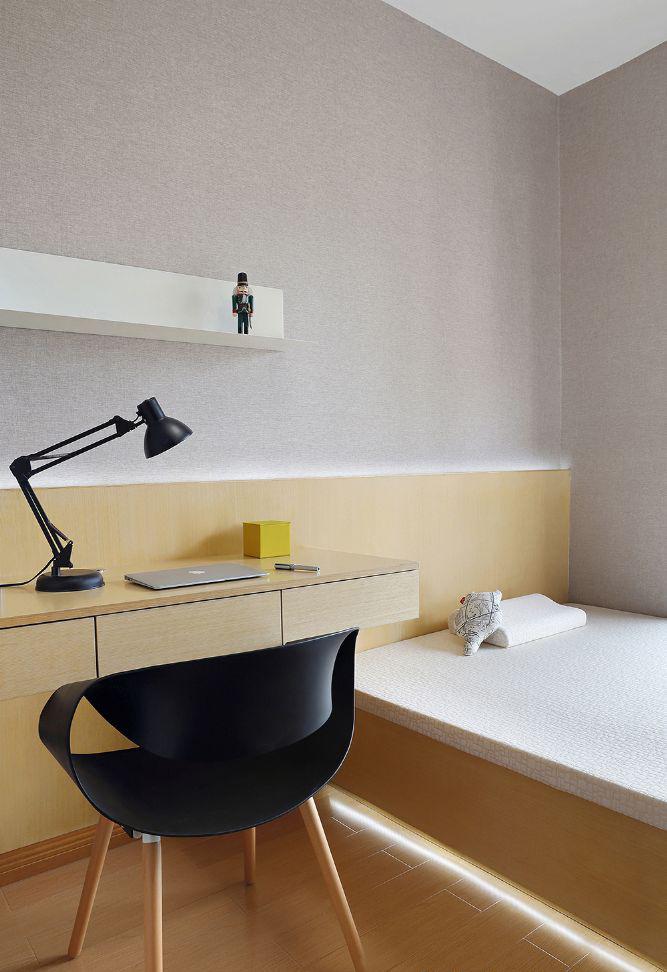 卧室图片来自武汉申阳红室内设计有限公司在公园九里的分享