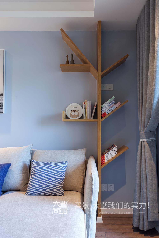 客厅图片来自大墅尚品-由伟壮设计在清爽北欧公寓·初夏的海风的分享
