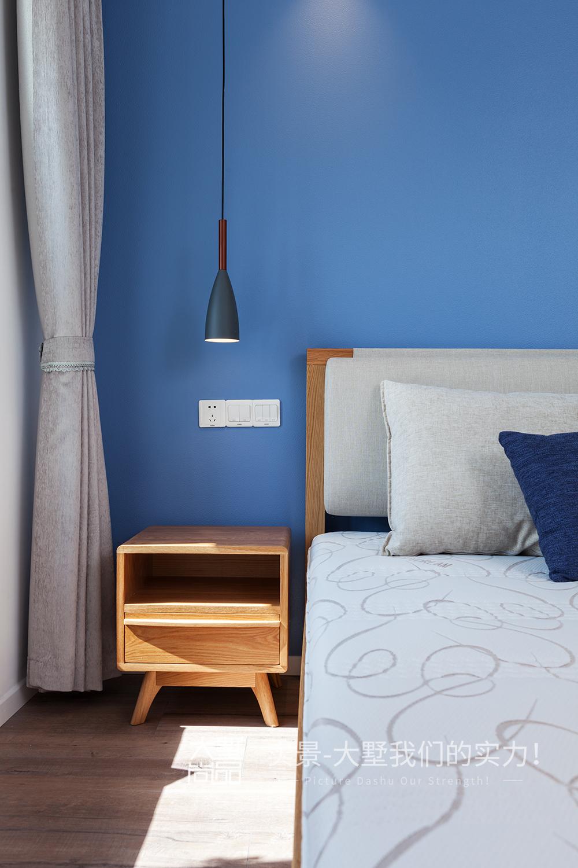 卧室图片来自大墅尚品-由伟壮设计在清爽北欧公寓·初夏的海风的分享