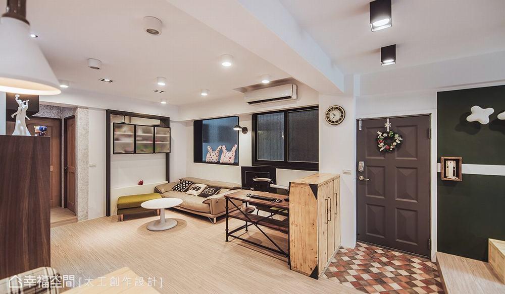 二居 旧房改造 休闲 玄关图片来自幸福空间在七刀破难!与40年老公寓的对决的分享