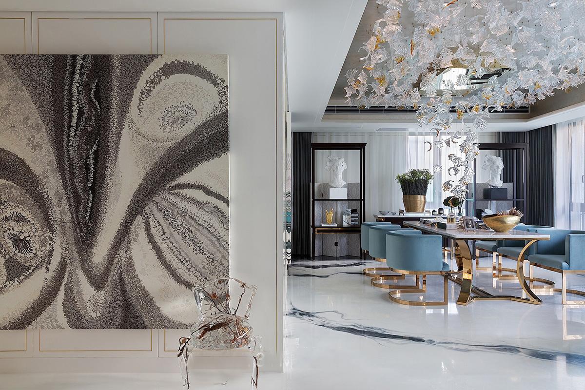 四室 峰光无限 新古典 玄关图片来自我是小样在海量新英里四室142平新古典设计的分享