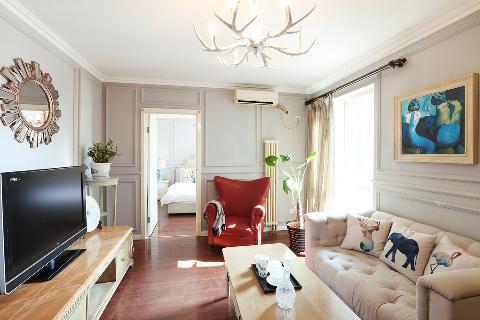 80后 小资 欧式 二居 收纳 客厅图片来自甘肃紫苹果装饰在轻奢欧式的分享
