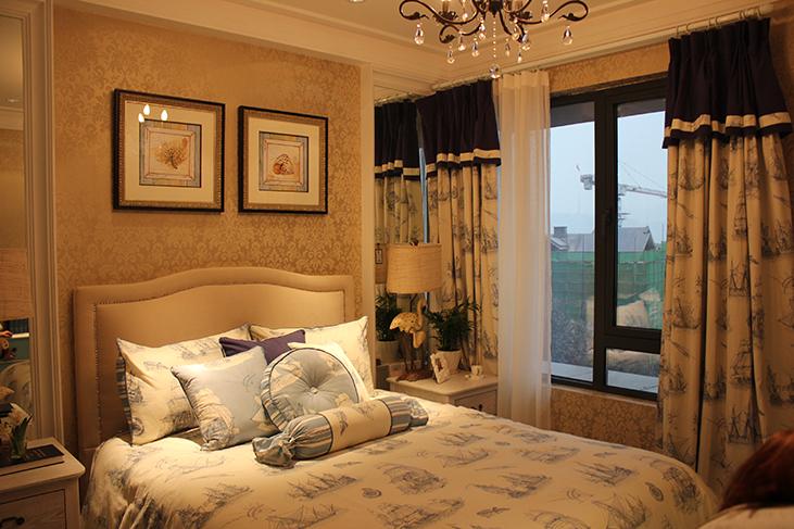 卧室图片来自天津生活家健康整体家装在香缇花园地中海的分享