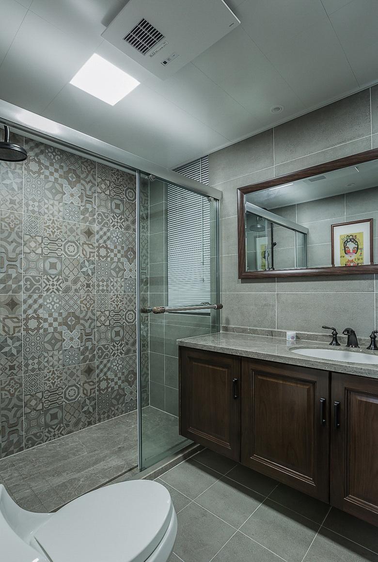 卫生间图片来自家装大管家在清新淡雅 130平新中式舒适3居室的分享