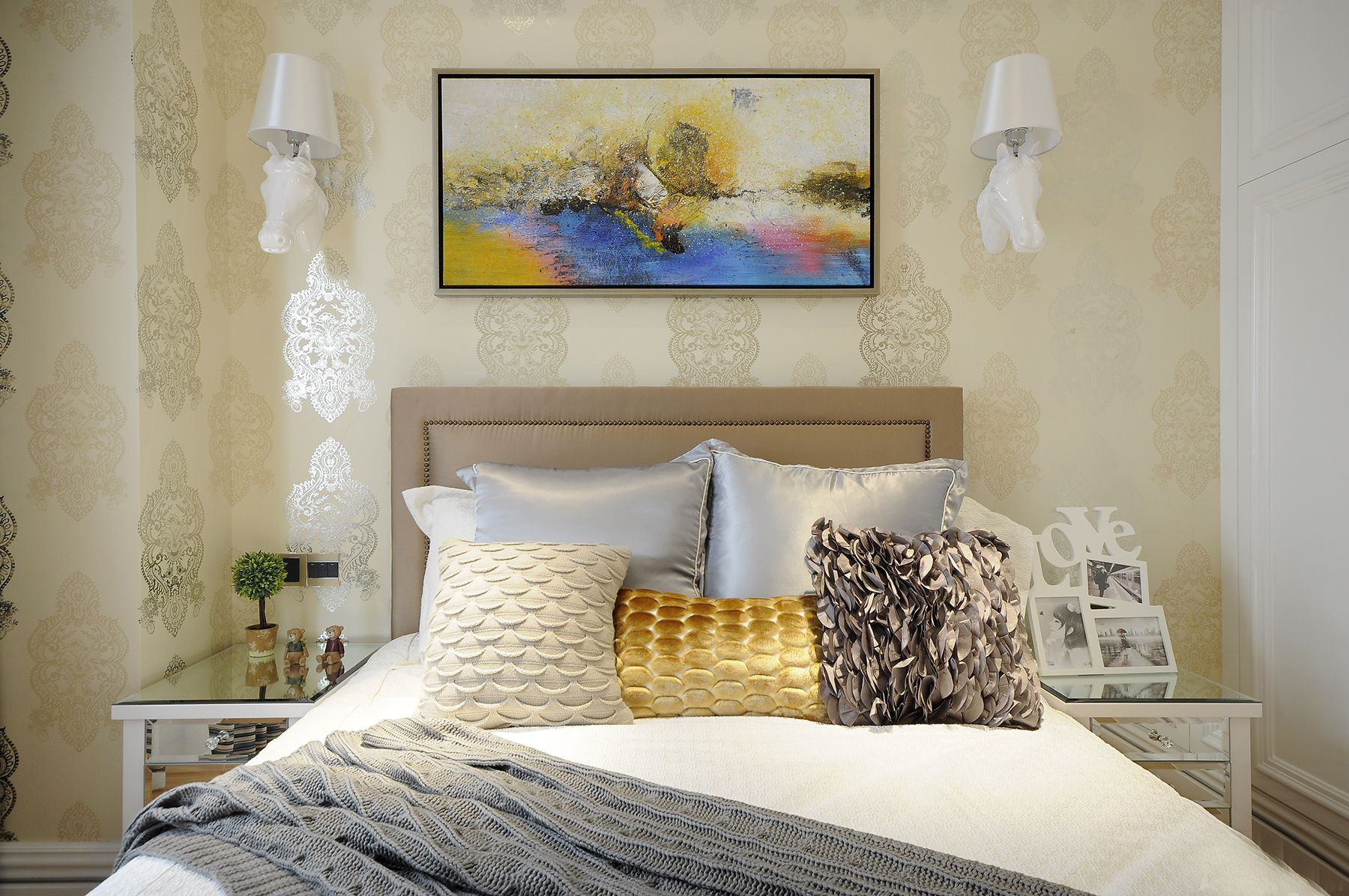 重庆唐卡 唐卡装饰 装修最好 新古典 重庆装修 卧室图片来自黄丑丑99在圣湖天域——新古典的分享