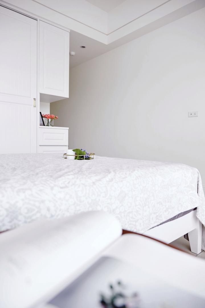 旧房改造 简约 二居 小资 卧室图片来自重庆优家馆装饰在[小两室旧房改造]简约英式质感的分享
