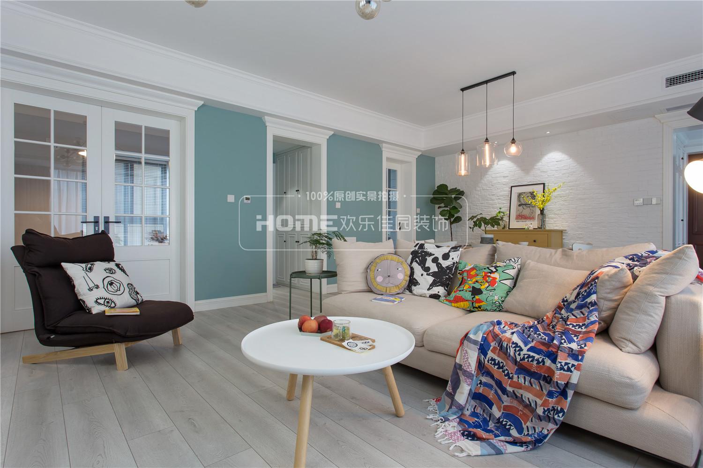 沙发 茶几 北欧 蓝绿色 客厅图片来自四川欢乐佳园装饰在【设·界】130㎡的ins北欧风之家的分享