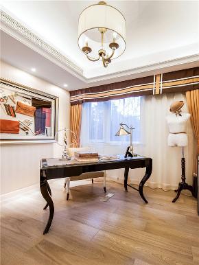 新古典 四居 大户型 复式 跃层 loft 小资 别墅 书房图片来自高度国际姚吉智在175平米古典美而不俗的低调高雅的分享