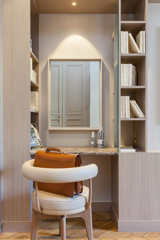 简约 法式风格 别墅 衣帽间图片来自别墅设计师杨洋在法式风格设计的分享