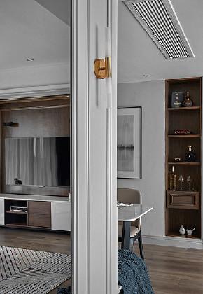 现代 混搭 三居 白领 玄关图片来自家装大管家在秀外慧中 116平现代混搭风3居的分享