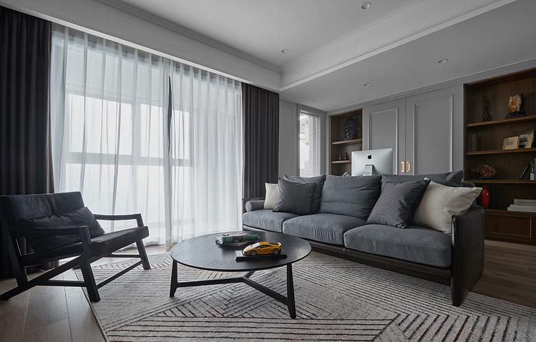 客厅图片来自家装大管家在秀外慧中 116平现代混搭风3居的分享