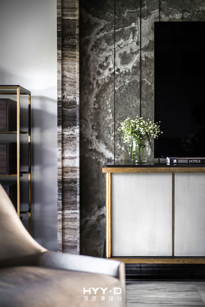 简约 别墅 室内设计 客厅细节 港式轻奢 客厅图片来自郑鸿在都市型格--深圳山语清晖室内设计的分享