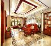 中式风格与现代材质的完美融合,碰撞出了本案新中式客厅装修的样子。地面加了波打线,增强地砖的立体感,稳重大气的材质营造,在典雅中渗透着温馨的感觉。