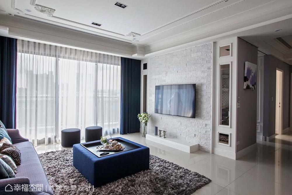 三居 新古典 客厅图片来自幸福空间在单身男子的116平新古典生活的分享