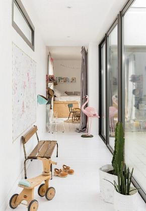 简约 北欧 二居 收纳 80后 小资 阳台图片来自众意装饰 李潇在海量新英里北欧风格设计的分享