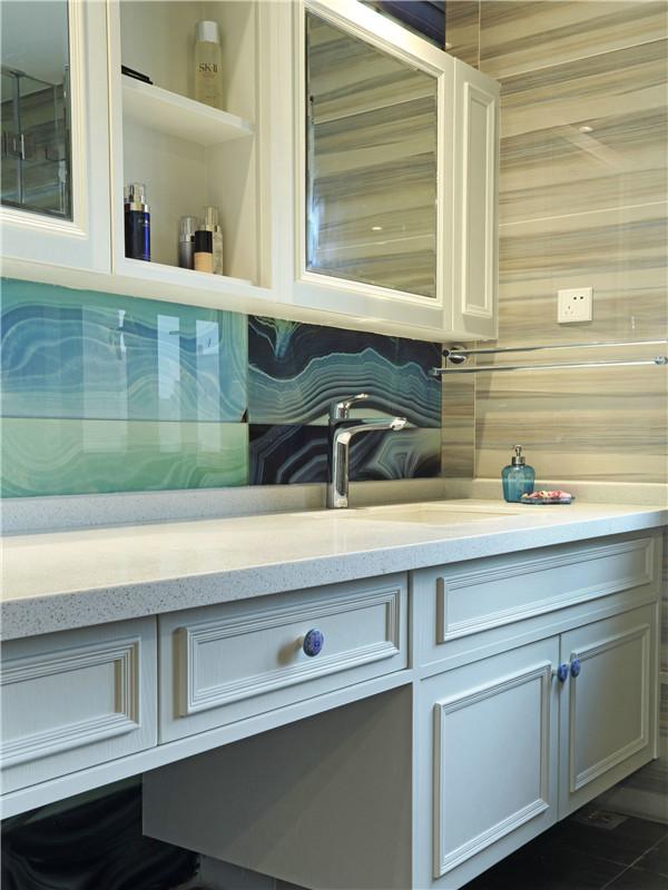 美式 三居 四居 大户型 80后 小资 白领 卫生间图片来自高度国际姚吉智在160平米简约美式温和安静小资范的分享