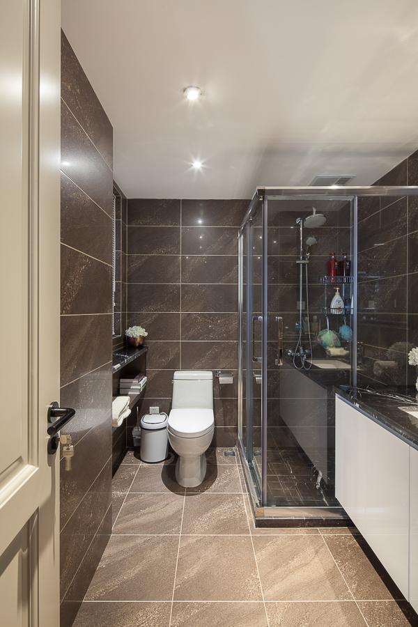 卫生间图片来自我是小样在中建昆明澜庭三室98平现代简约的分享