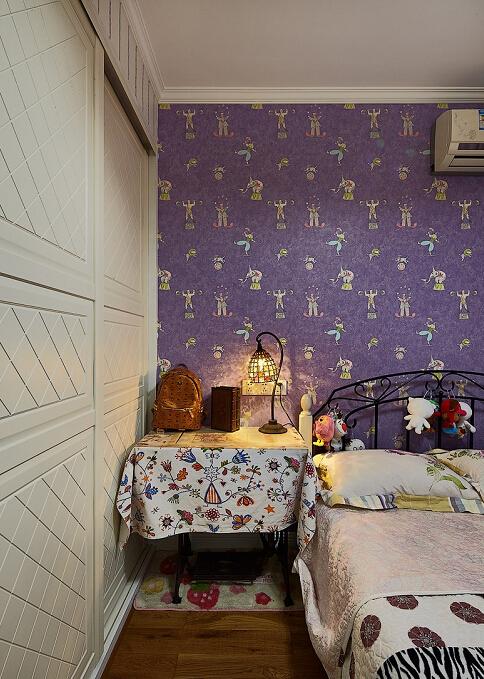简约 现代 美式 二居 收纳 小资 白领 别墅 卧室图片来自众意装饰 李潇在曲江香都现代美式风格的分享