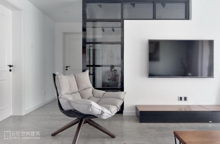 客厅图片来自云行设计-邢芒芒在墨调 丨 给予信任的家的分享