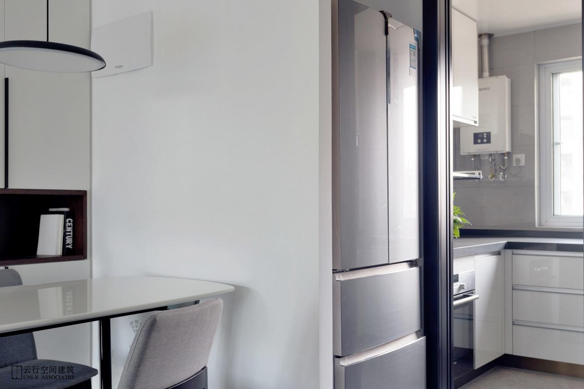 厨房图片来自云行设计-邢芒芒在最后的黑白丨理性的家的分享