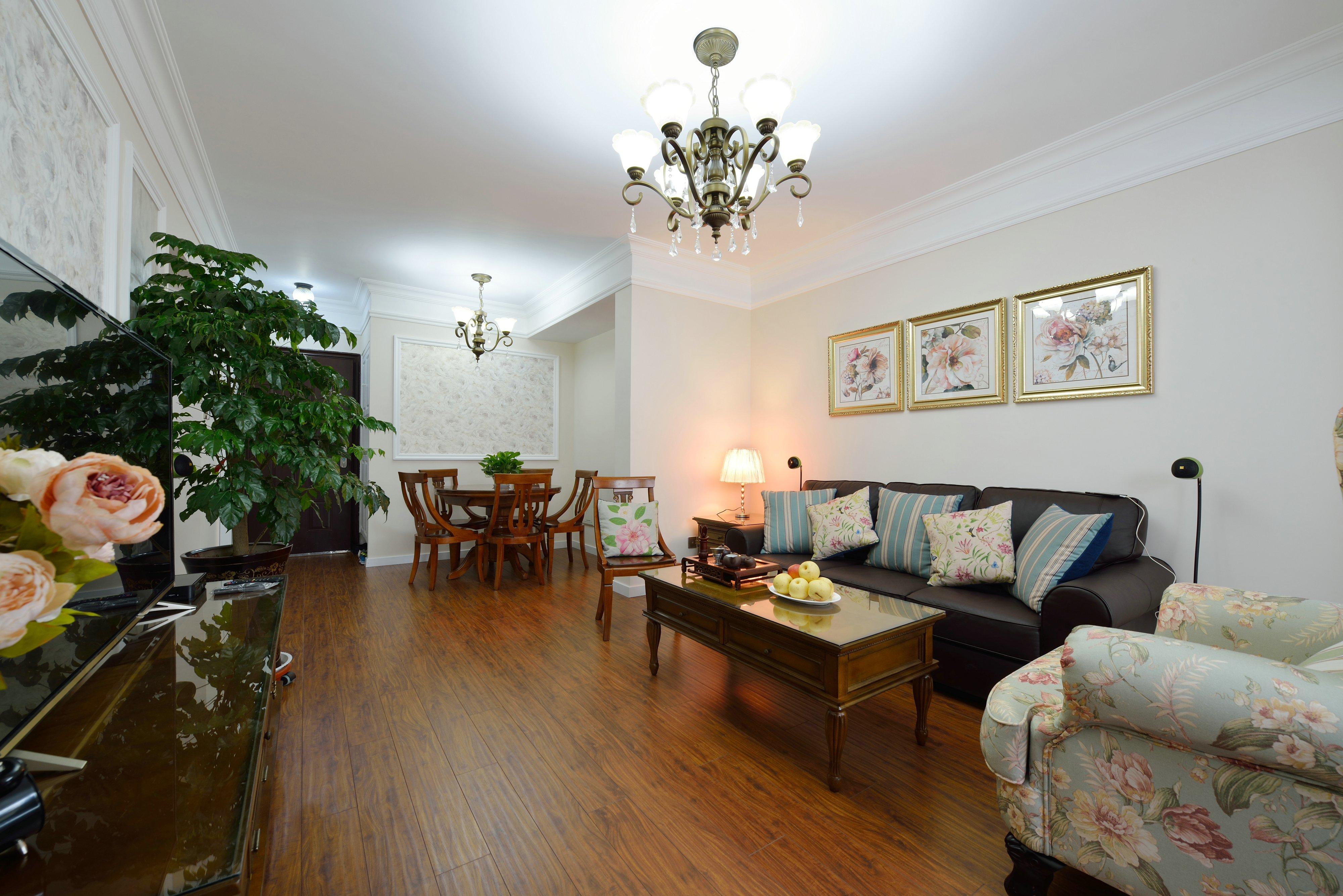 三居 客厅图片来自金煌装饰有限公司在没有吊顶的简欧风格的分享