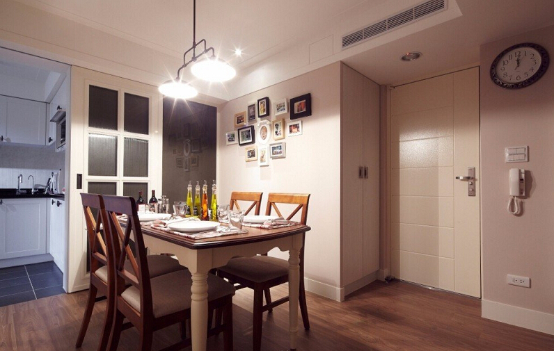 简约 二居 别墅 白领 收纳 小资 美式 乡村 餐厅图片来自众意装饰 李潇在曲江新区美式风格设计的分享