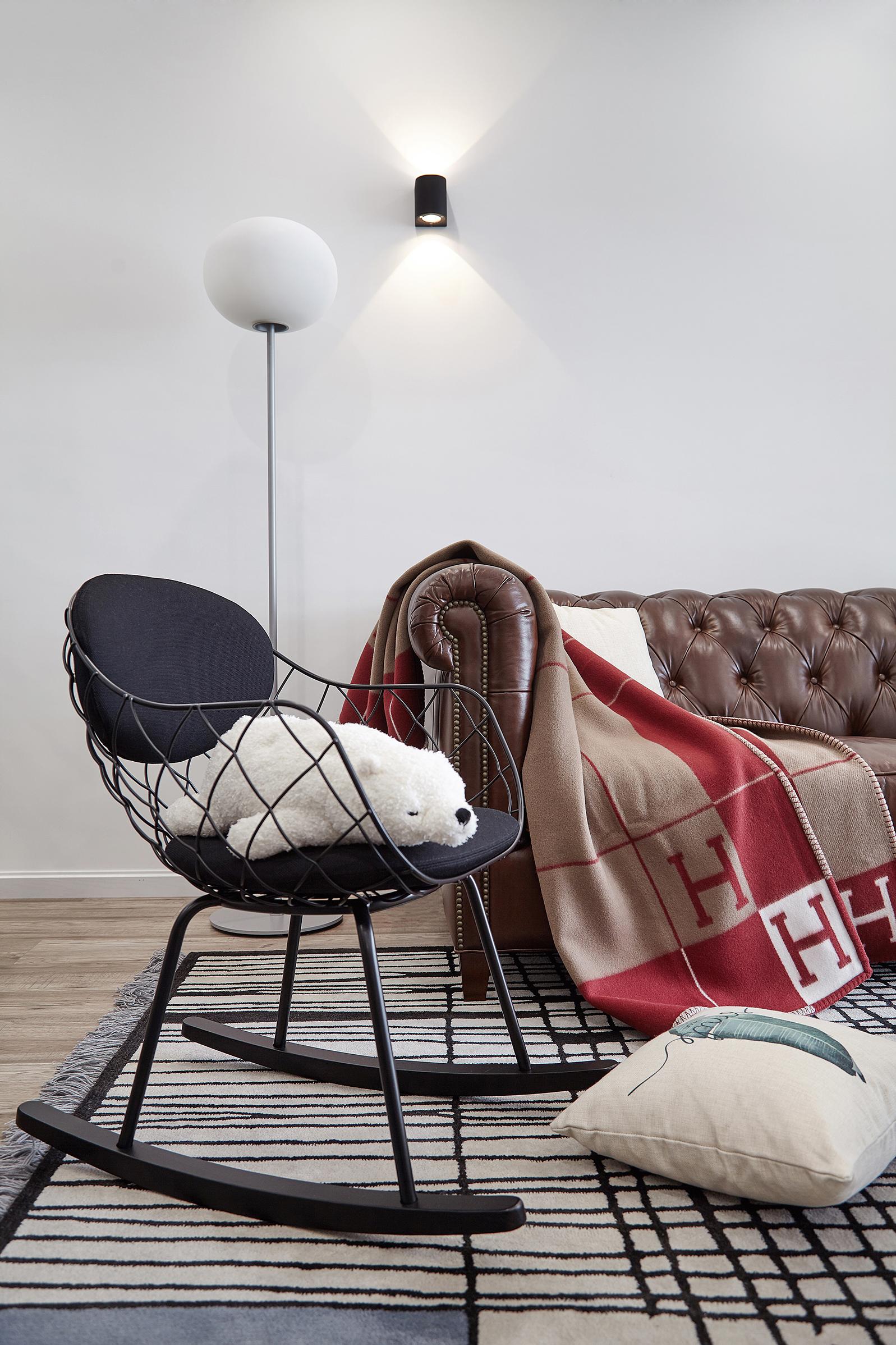 INS风 现代 年轻派 客厅图片来自尚舍设计在90后の小窝的分享