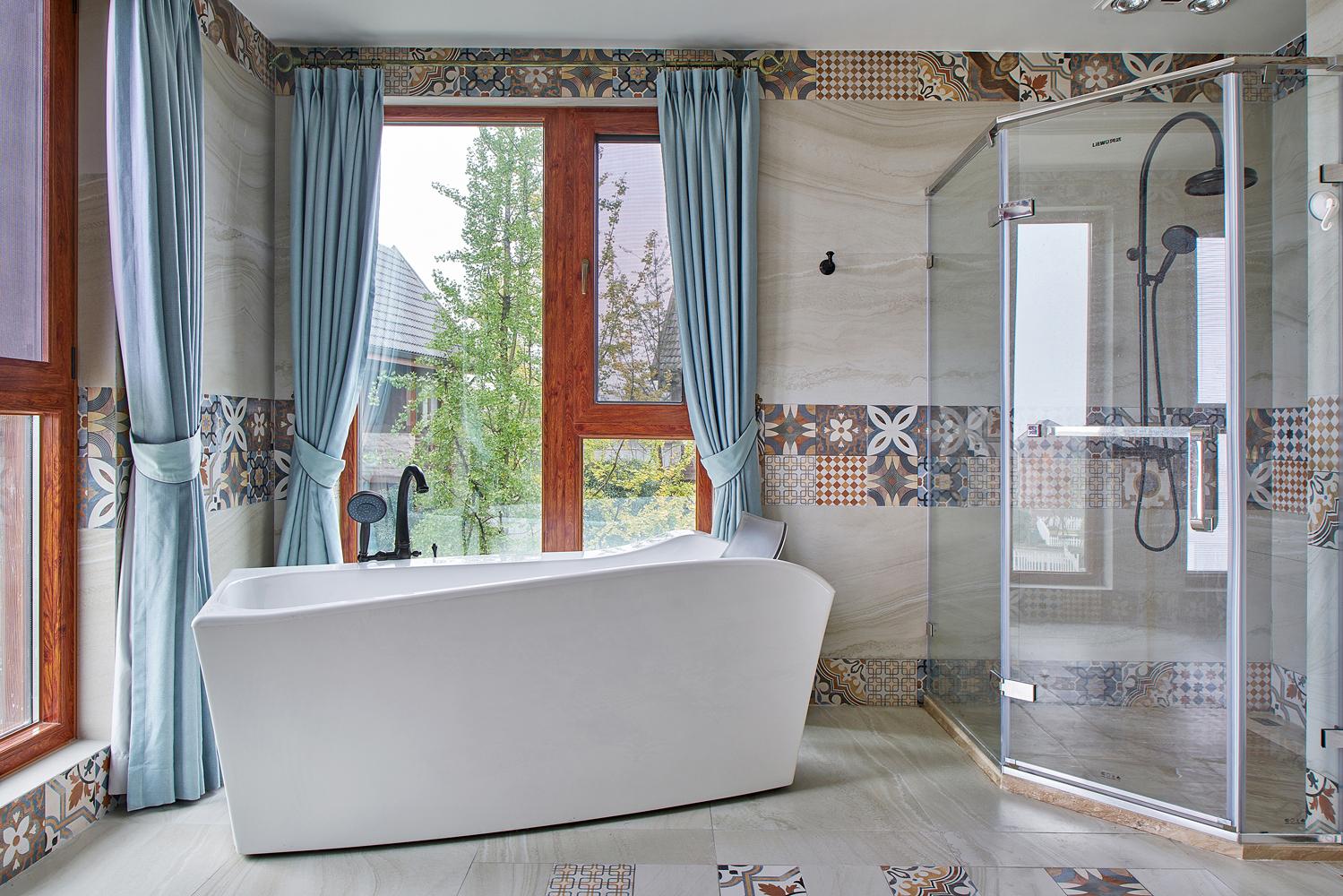欧式 别墅 卫生间图片来自尚舍设计在半山,把自然还给生活。的分享