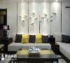 山川鱼石。挑高的空间,让客厅更加有延伸感。