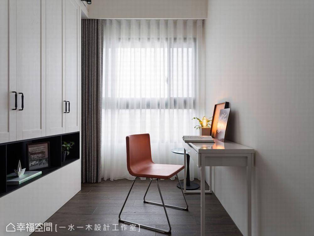 三居 小户型 工业风 书房图片来自幸福空间在微工业生活感 63平三代温馨宅的分享