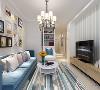 电视墙运用了简单的石膏造型与浅蓝色条纹壁纸,电视墙前面放置了一个电视柜,可以方便业主的生活