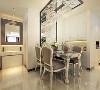 餐厅极具简约线条美的皮质餐桌椅,使就餐成为一种愉悦的事。