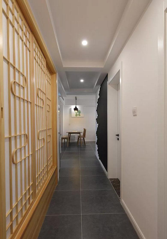 玄关图片来自家装大管家在质朴清雅 97平日式原木系空间的分享