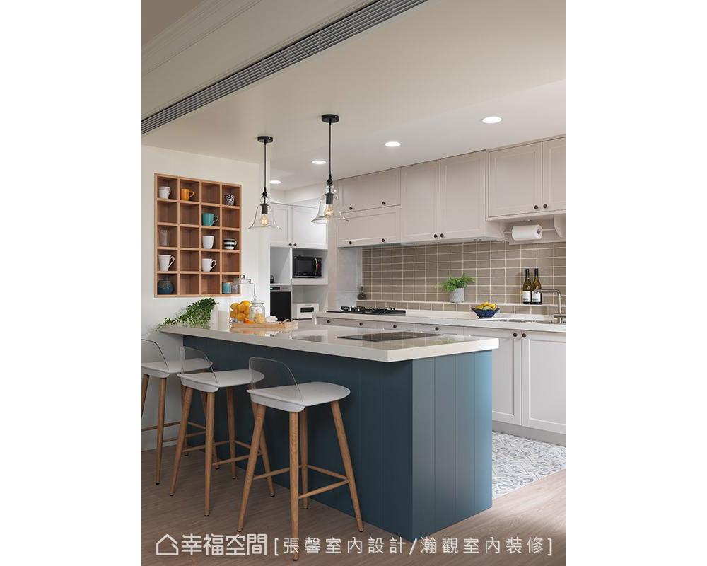 二居 美式 厨房图片来自幸福空间在纯真而典雅 112平日光美式居宅的分享