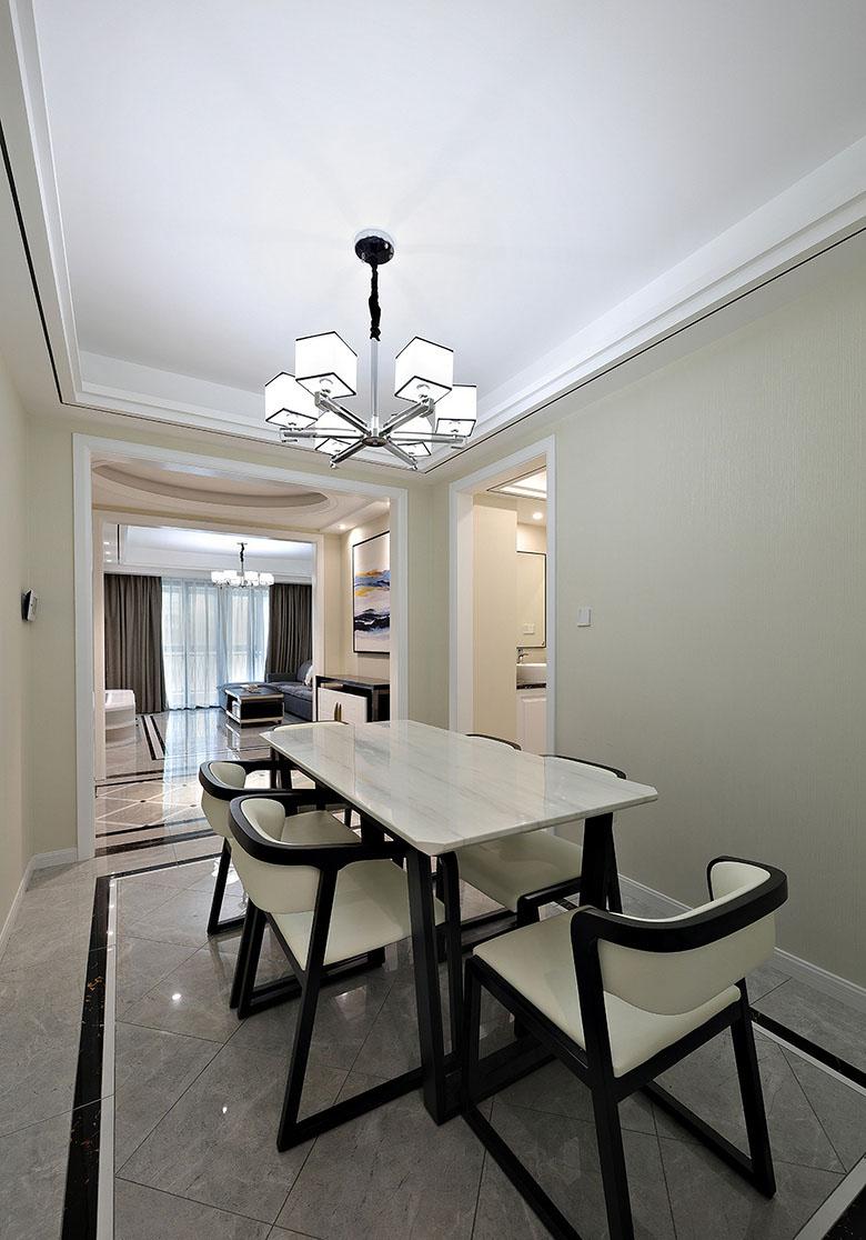 餐厅图片来自家装大管家在美观舒适 139平现代大气风3居室的分享