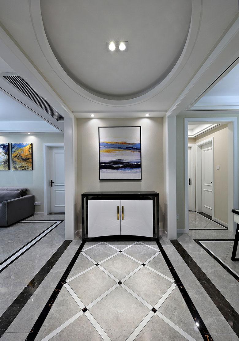 客厅图片来自家装大管家在美观舒适 139平现代大气风3居室的分享