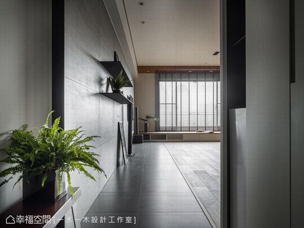 禅风 三居 玄关图片来自幸福空间在沉稳洗炼 132平现代简约禅风雅居的分享